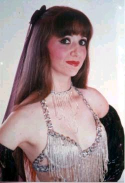 Jeanie, BDUC winner 1999 Divine Category / Bellydancer